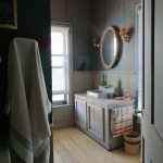 upstairs-bathroom