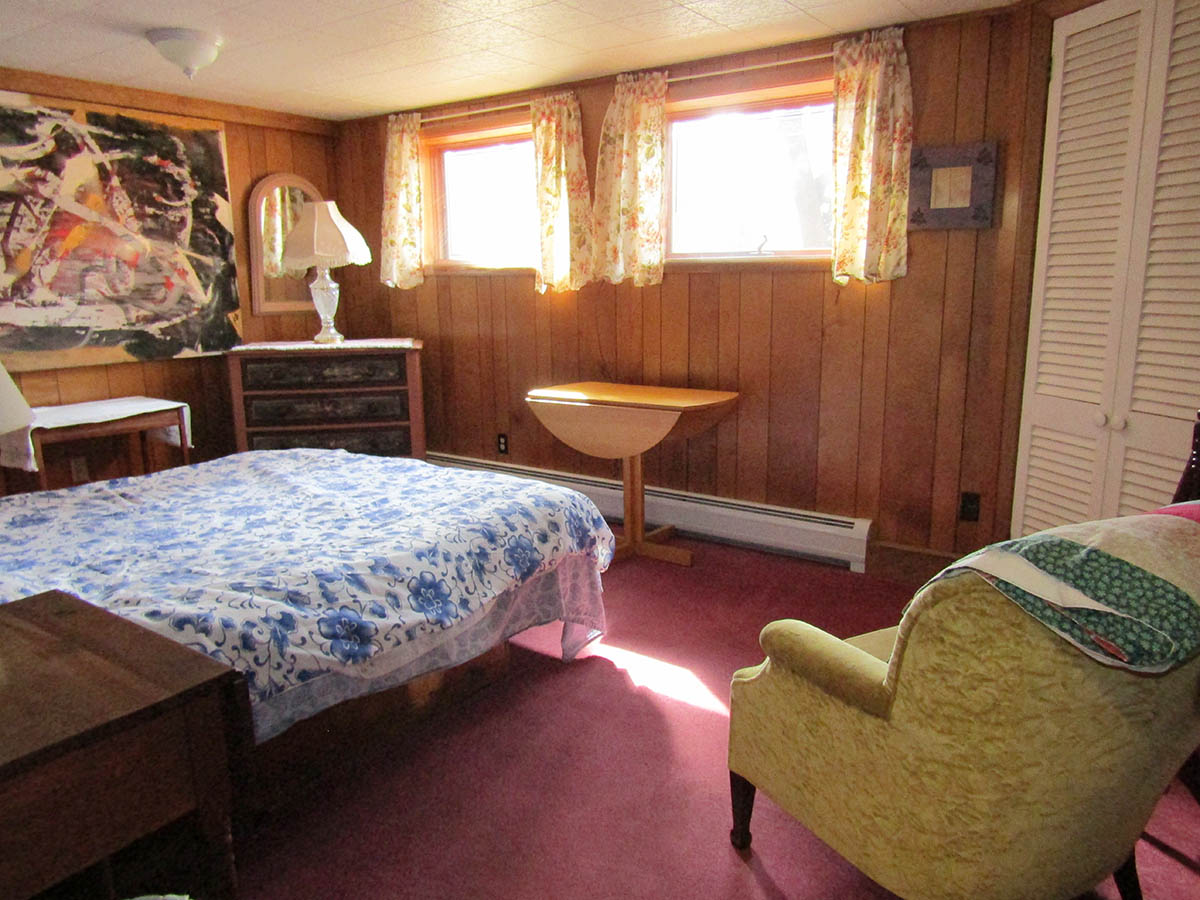 downstairs-bed